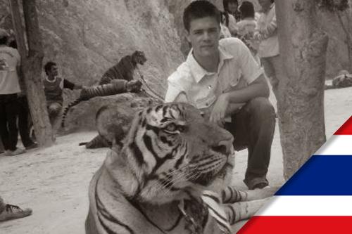 Pierre est parti faire un stage en Thailande, à Bangkok