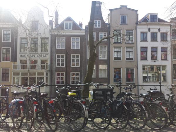 vivre amsterdam